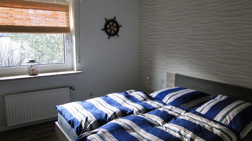 Kleines Schlafzimmer EG