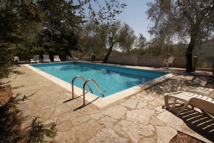 Olivenm Hle In Ruhiger Lage Mit Pool Und Sonnenterrasse