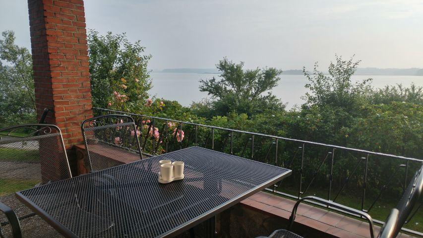 Terrasse überdacht mit exclusivem Blick auf die Schlei