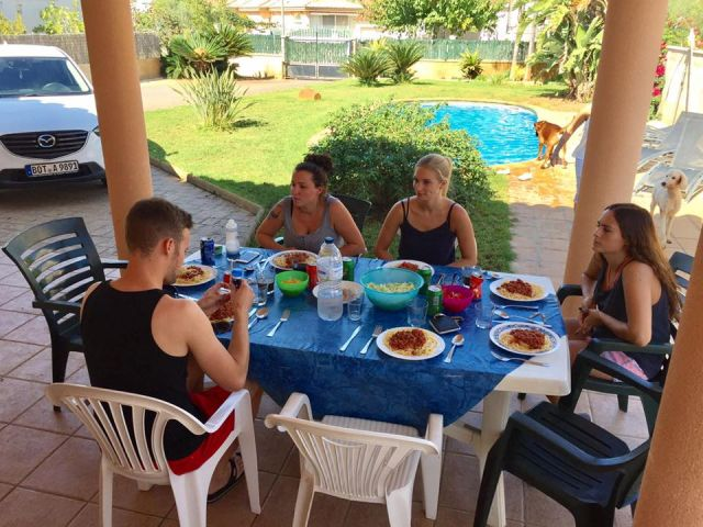 Familei bei Essen