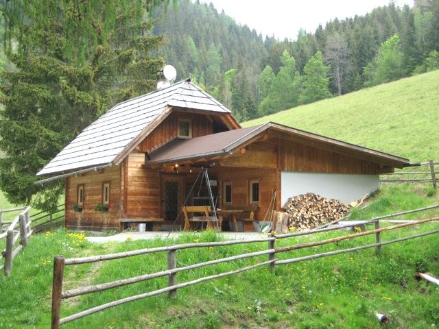 Kamin, Zaun, Garten, Steiermark