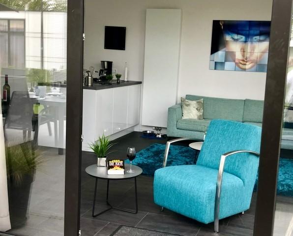 Entspannen bei offenem Panoramafenster