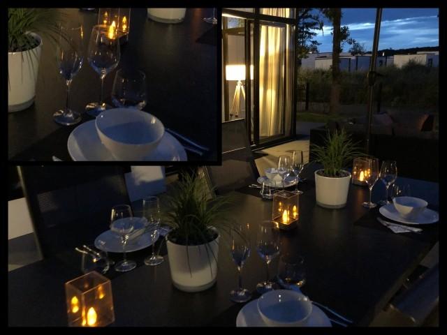 Romantische Stimmung auf der Terrasse. Einfach nur genießen, ob beim Abendessen ...