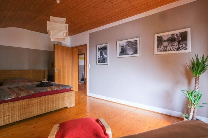 Schlafzimmer 1 mit Gästebett 200*200