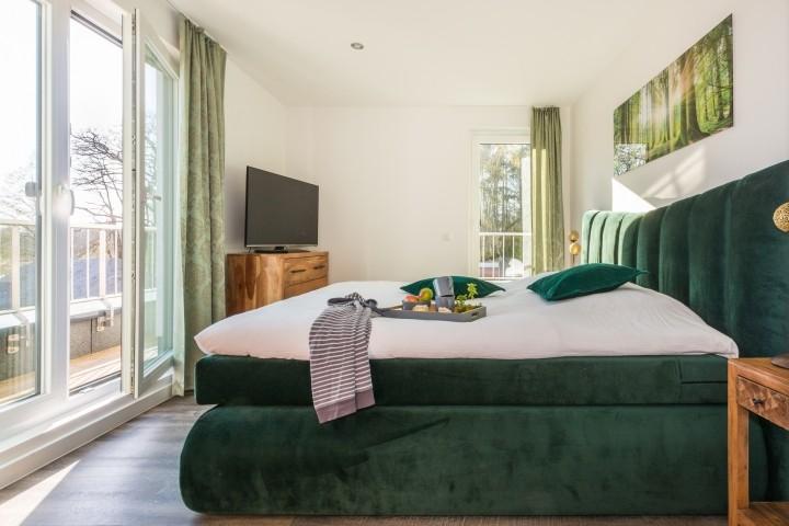 Schlafzimmer Obergeschoss mit Balkon