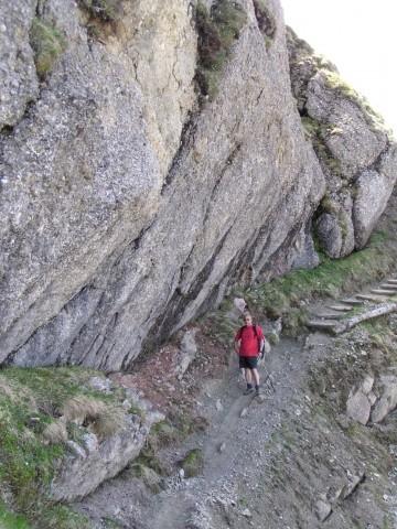 Für jeden Geschmack ist etwas dabei: schwere Bergtouren sowie romantische Wege (z.B. zu Wasserfällen, bewirtschafteten Almen