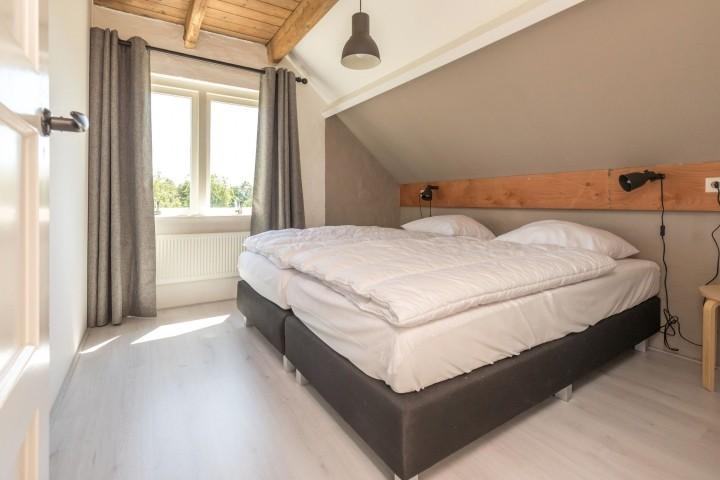 Schlafzimmer 2 mit 2 Einzel Boxspringbetten