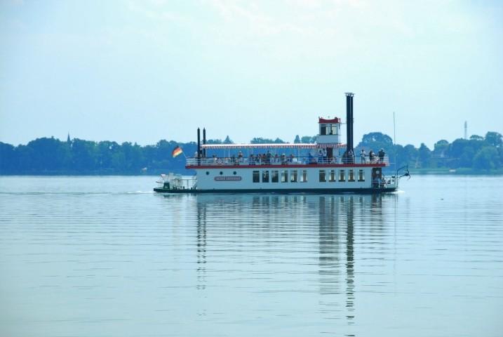 Fahrgastschiff Queen Arendsee