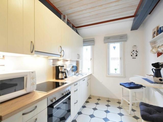 Die Küche wurde im Dezember 2015-komplett erneuert es wird sicherlich an nichts fehlen.