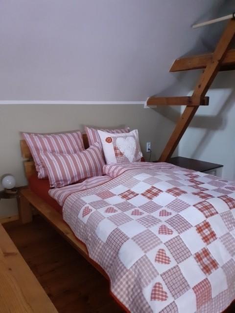 Die Betten sind neu bezogen und mit Schlafwohl versehen