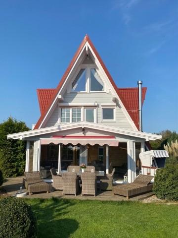 Außenansicht unserer Villa Weitblick