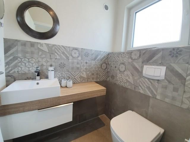 gut ausgestattetes Gäste-WC