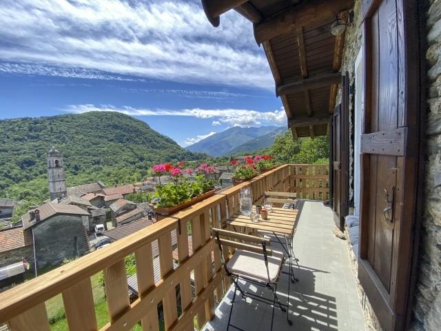 Auf dem Balkon. Casa Alba