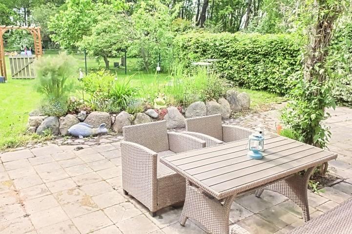 100qm Terrasse im eigenen eingezäunten Gartenbereich