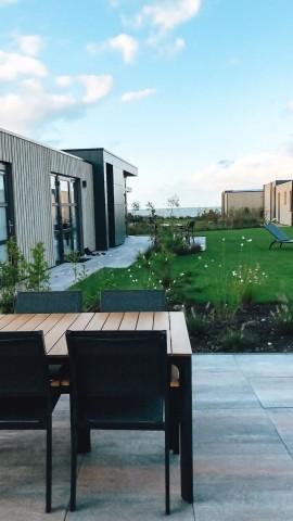 Terrasse Unten mit Blick aufs IJsselmeer