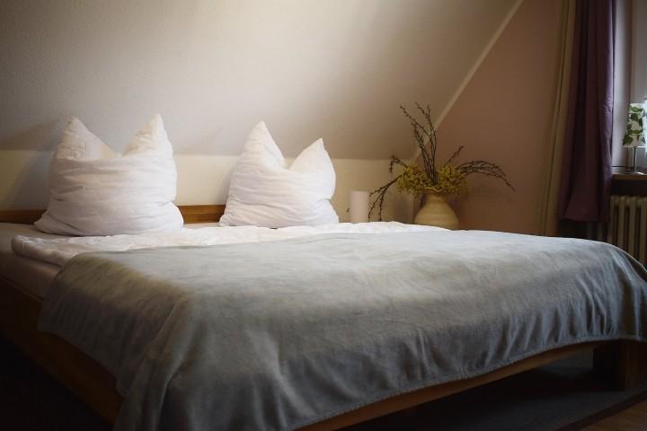 Doppelbett Schlafzimmer OG