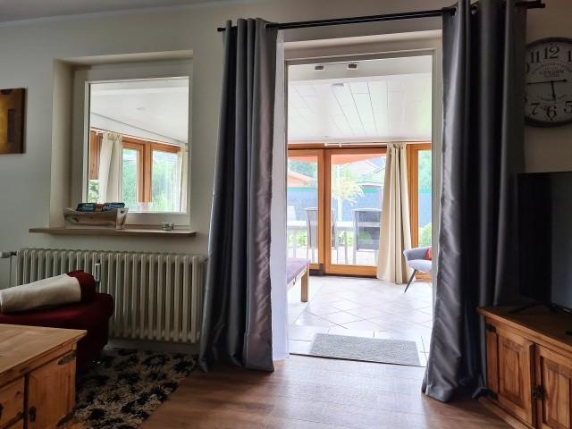 Durchgang Wohnzimmer zum Wintergarten