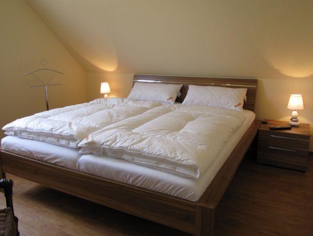Schlafzimmer 1 mit Sat/TV