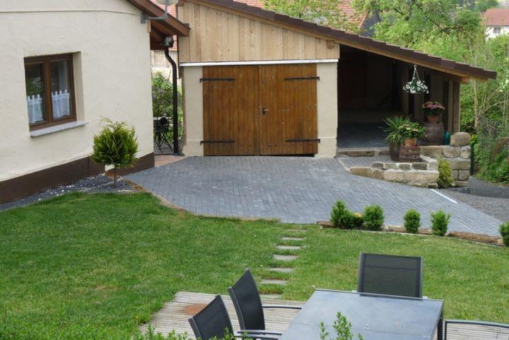 Terrasse, Garage, Grillplatz