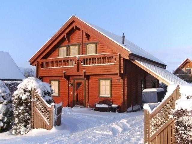 Aussenansicht Ost, Winter 2012