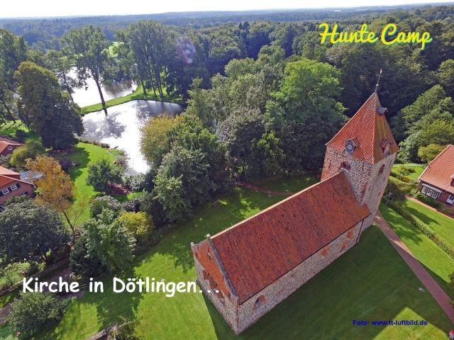 Kirche in Dötlingen, schönes Künstlerdorf.