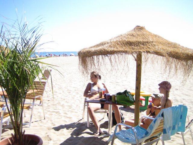 in der Strandbar