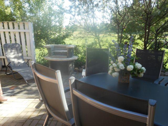 fewo wiek 80 m zum wasser eingez unte terrasse grillecke. Black Bedroom Furniture Sets. Home Design Ideas