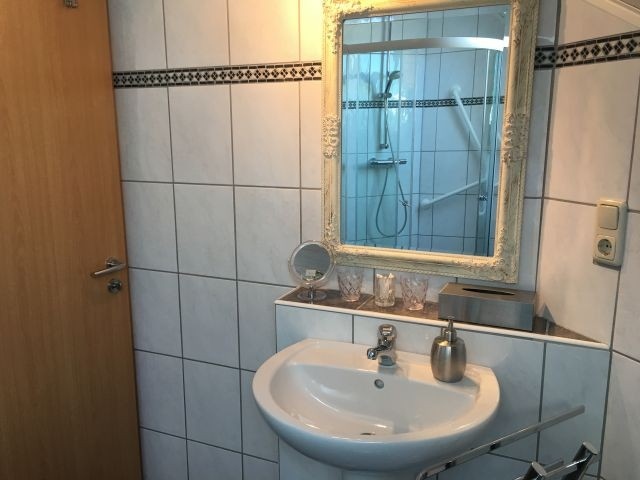 1.Waschbecken