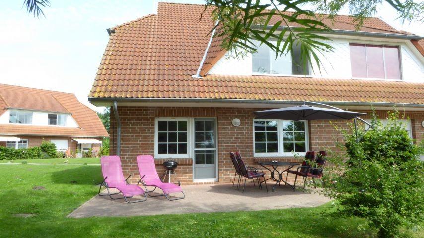 Terrasse mit Weber-Kugelgrill