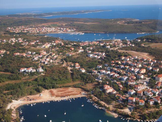Blick auf  Kastanjez bis Kap Kamenjak