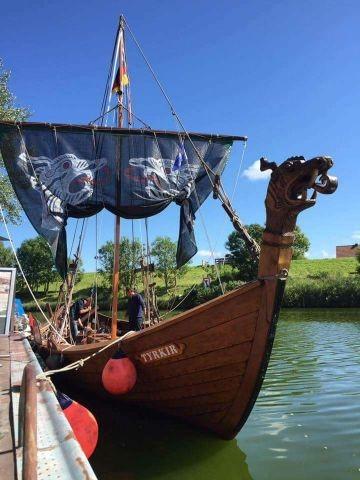 Schiffstour mit dem Wikinger Schiff Tyrkier über das Hooksmeer für unsere Gäste inklusive