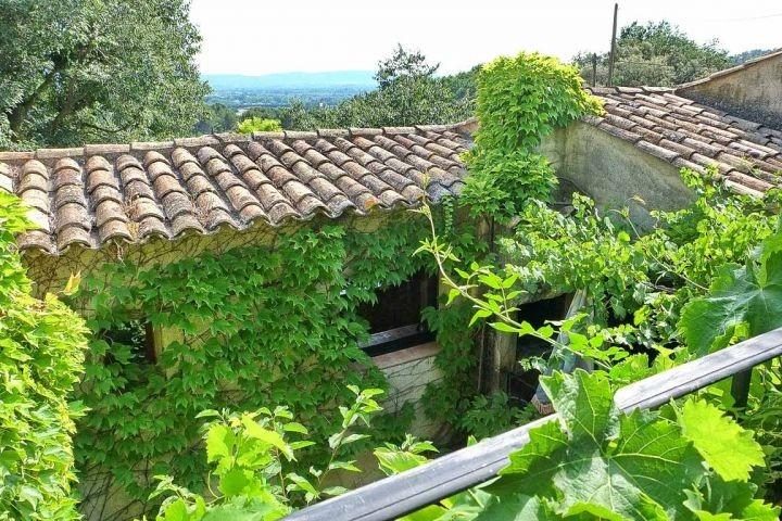 Blick vom Balkon im Ferienhaus in der Provence