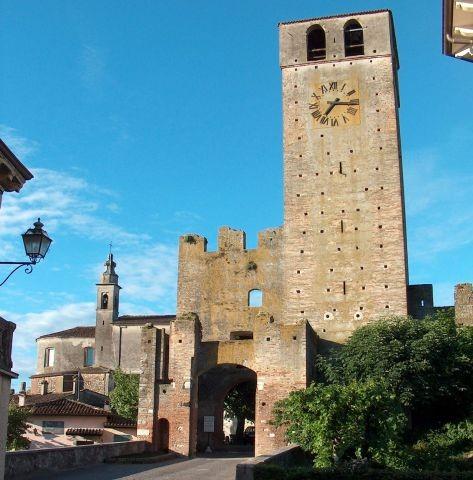 Der Turm von Castellaro