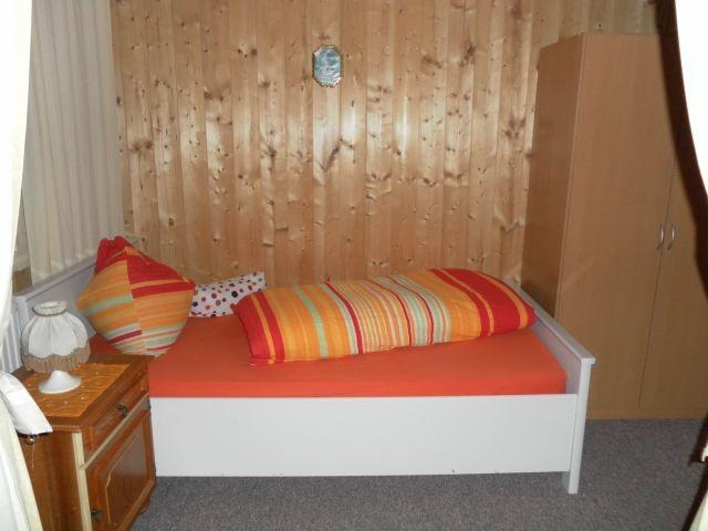 Einzel Bett