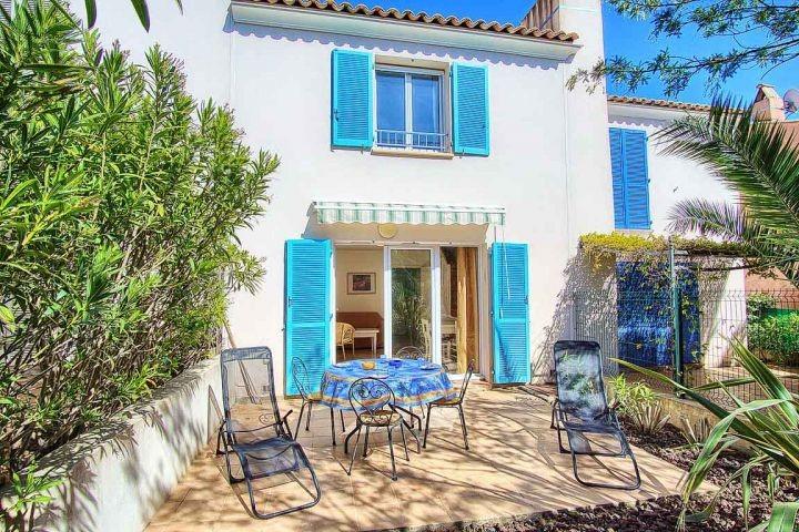 Ferienhaus mit Gemeinschatspool in der Domaine in Les Issambres bei Saint-Tropez