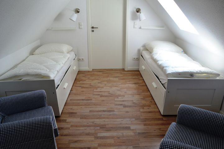 Einzelbettenschlafzimmer Sünnhütt