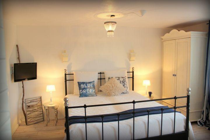 Doppelbett 1,6m x 2,0m