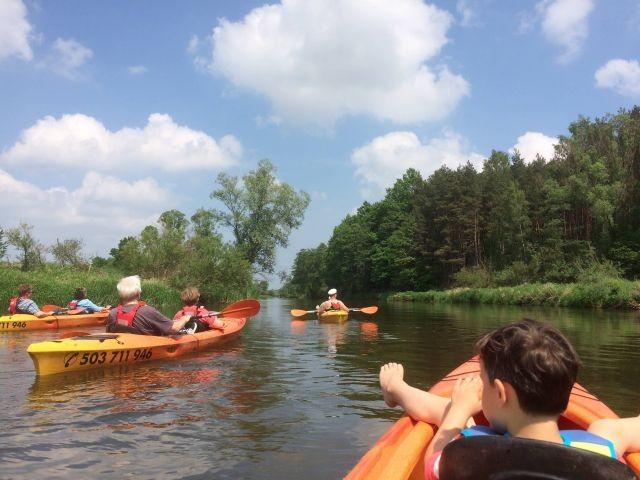 Paddeln auf dem Fluss Warta (Warthe)-7km entfernt