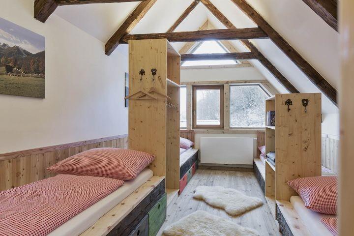 Bauernhaus Vierbettzimmer Dachgeschoß