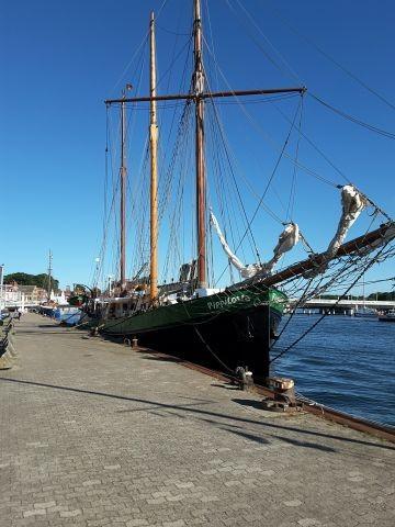 Traditionsschiff Pippilotta im Kappelner Hafen