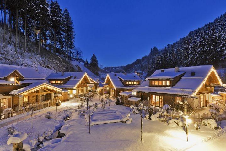 Feriendorf Holzleb'n Chalets im Winter