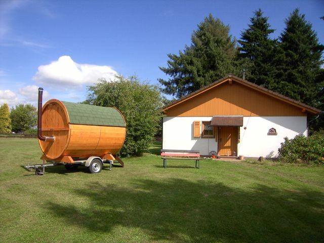ferienhaus m sauna und riesengrundst ck m fkk m glichkeit. Black Bedroom Furniture Sets. Home Design Ideas