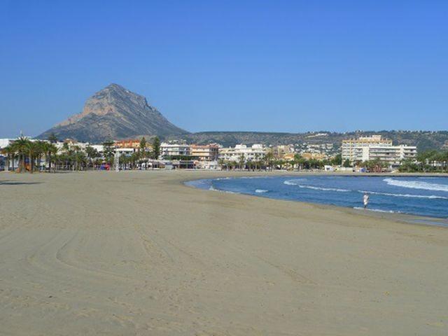 Blick von Arenal zum Montgo