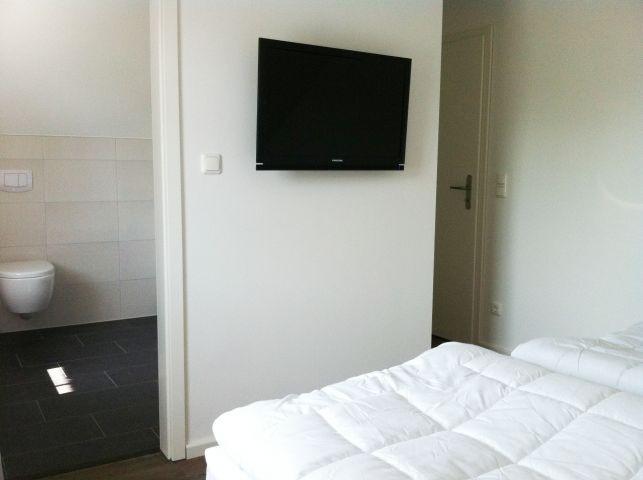 Schlazimmer OG mit Flachbild TV
