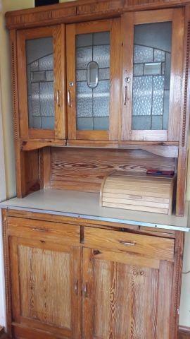 Küchenschrank - 100 Jahre alt