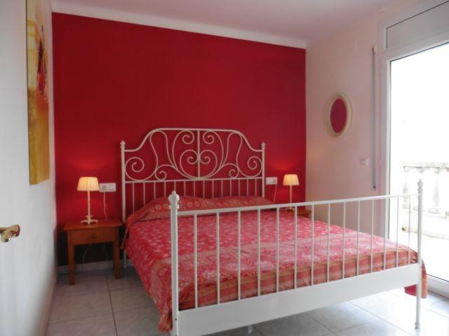 Schlafzimmer 3 mit Balkon im OG