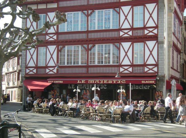 Typisch baskische Café-Bar