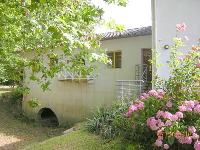 Haus Moulin von der Unterwasserseite gesehen