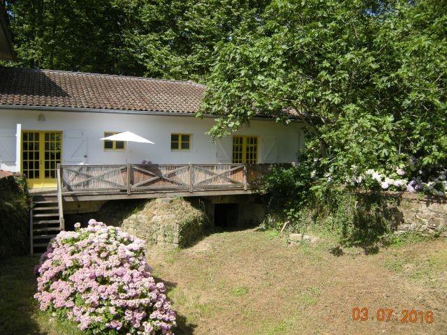 Haus Moulin vom Mühlgraben gesehen