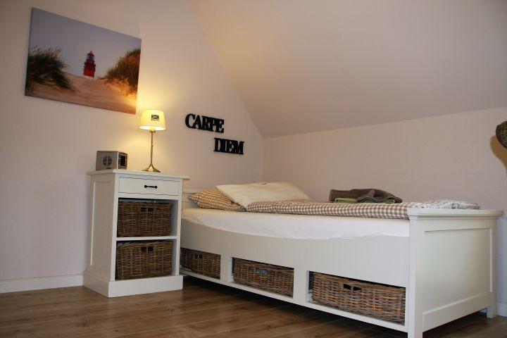 Kleines Einzelschlafzimmer im EG